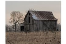 Old Barns / There is just something about old barns.  To join please send a message with board name. Please pin only on topic pins.