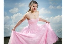 Společenské šaty / Ball Gowns / Společenské a plesové šaty ze svatebního salonu Grace: http://salon-grace.cz/15-spolecenske-a-plesove-saty  Ball gowns and party dresses from wedding salon Grace.   #plesovesaty #spolecenskesaty #partydress #ballgown
