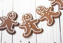 Christmas Decor/ treats / by JS