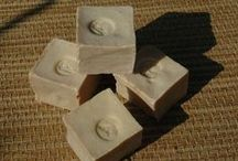 Natural soaps (you can almost smell them) / by José Burgers