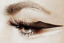↪ Artistic Makeup *
