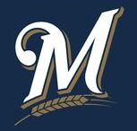 Milwaukee Brewers / Est. 1970 NL Central Division
