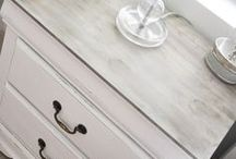 Annie Sloan Chalk Paint / Painting everything with Annie Sloan chalk paint.