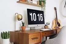 Home Office For Writers + Bloggers / Writing desk, home office for small spaces, hmoe office interior design.