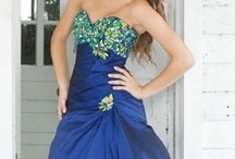 Evening Dresses / Find the perfect dress for your next Black Tie event or Gala Evening.