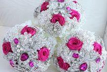 Wedding Bouquet Inspiration / Wedding Bouquets we love.