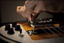 Riparazioni - Setup / All'interno di Bedini Custom Guitars un ampio spazio è dedicato alle riparazioni e alle personalizzazioni degli strumenti già in possesso del cliente. Di seguito una lista delle riparazioni più comuni svolte dal liutaio su ogni tipo di strumento. www.bedinicustomguitars.com  -  https://www.facebook.com/BediniCustomGuitars
