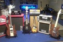 Officina della Musica a Scandiano (Re) / Le mie chitarre all'Officina della Musica a Scandiano (Re)