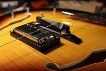 I MIEI LAVORI | 2: Sostituzione elettronica completa su chitarra semiacustica / Sostituzione elettronica completa su chitarra semiacustica. Per informazioni 388/744 5689 | info@bedinicustomguitars.com  #bedinicustomguitars #chitarrasemiacustica