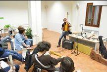 WORKSHOP 07-03-16 | Fiorano Modenese (MO) / Il 7 Marzo 2016, presso Casa Corsini a Spezzano di Fiorano Modenese (MO), si è tenuto il primo incontro del Workshop.  La serata si è incentrata sulle più importanti tecniche di regolazione, pulizia e manutenzione degli strumenti. E' stata un'occasione per discutere e conoscerci di persona.  #bedinicustomguitars #workshop