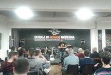 WORKSHOP 10-03-16 | Ferrara / Il 10 Marzo 2016, presso la Scuola di musica moderna di Ferrara, si è tenuto il secondo incontro del Workshop. La serata si è incentrata sulle più importanti tecniche di regolazione, pulizia, e manutenzione degli strumenti. E' stata un'occasione per discutere e conoscerci di persona.  #bedinicustomguitars #workshop