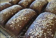 Food-Breads / by Amanda