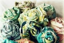 ❤ Fabric and Paper Flowers / I could make these day in and day out!