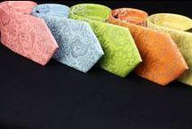 Krawatten mit Paisleys und Motiven / Krawatten mit Paisleys und Motiven