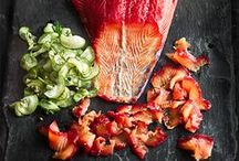 Salmon recipes / You can do a lot with a salmon fillet. Poaching, grilling, shredding into salads, wrapping in crusts and pastry... Take a look at these easy and inspiring salmon recipe ideas that make the most of this vitamin-packed fish. From classic salmon en croute, to Asian fusion dishes including a fragrant salmon burger, and colourful salmon salads (and even a salmon pizza!) to please a crowd.