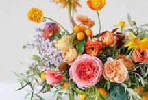 Blumen Deko / Blumen richtig dekorieren und stilvoll in der Vase arrangieren