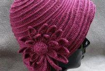 Knitted hats - Kötött sapkák / Sok kötött sapka , videó oktatással is