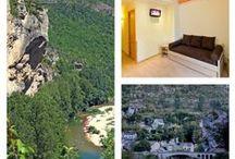 Séjour Lozère : Gorges du Tarn à l'Hôtel Les 2 Rives / La descente en Canoë du Tarn qui vous permettra de  profiter du paysage sous le meilleur axe qu'il soit. Ce parcours idéal pour toute la famille vous permettra de vous amuser au fil de l'eau. Le lendemain vous profiterez cette fois ci des sous-sols des gorges du Tarn avec la grotte de l'aven Armand qui écarquille ra les yeux des petits et des grands. #hôtel les 2 rives #canoë kayak Lozère #gorges du tarn tourisme #hôtel les 2 rives séjour canë