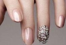 Manicures // Wedding