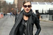 Street Style / La moda esta en las calles / by Mai Tejeda Canseco