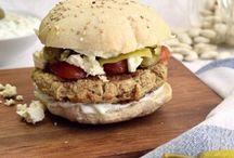 Food • einfach & schnell / Auf dem Board Food einfach und schnell findest du leckere Rezepte welche du schnell und einfach zubereiten kannst.