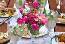 Garten-Party / Hier auf dem Board findest du schöne Ideen für deine nächste Gartenparty, ob Lebensmittel, Tischdekoration oder Einladungen. Hier ist alles wichtige dabei.