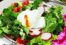 da haben wir den Salat / Viele Blogger bloggen zu einem Thema und zwar Salat. Hier auf der Pinnwand könnt Ihr euch auf viele verschiedene Salat Rezepte freuen.