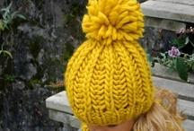 Bonnets, casquettes,chapeaux, bandeaux et mitaines