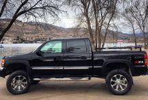 GMC Sierra / Trucks
