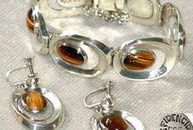 Hallmarked Gold and Silver Jewellery / Hallmarked Gold and Silver Jewellery, Men's and Women's.