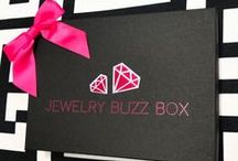 j e w e l r y b u z z b o x / Yes! You can order Buzz Boxes from previous months!