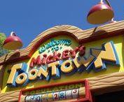 Disney / Disney signs