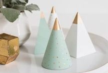 Christmas Projects, Decor, DIY's & Presents / Christmas Projects. Christmas Decor and DIY's + Present ideas. Everything Christmas with a modern twist. Scandinavian Christmas decor ideas.