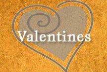 Gumpaste-Fondant Valentine's Items / A Collection of Assorted Gumpaste-Fondant Valentine's Items