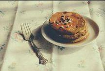 Gaufres, Pancakes & co / by La Cerise sur le Gateau