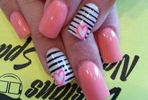Nagels - Nails / by 10tje