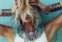 Accessories / by Melina Evangelista