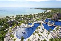 Welcome to Barceló Maya Beach Resort! / Barceló Maya Beach Resort is one of the best All Inclusive resorts in México. We are a great complex with 5 hotels located in the same property along Riviera Maya.  Barceló Maya Palace Deluxe / Barceló Maya Colonial / Barceló Maya Tropical / Barceló Maya Caribe / Barceló Maya Beach