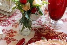 TABLESCAPES / by Kathy Thomas