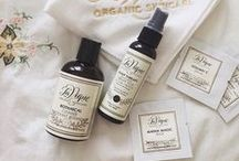 L A V I G N E  |  P R O D U C T S / LaVigne Organic Skincare is dedicated to making natural products that both heal damaged skin and protect against the effects of day-to-day stresses from our environment. Each product is created to work effectively within our total skincare system or by itself. All our products are 100% satisfaction guaranteed, organic, free of parabens and other harsh chemicals.