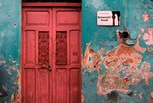 i.adore.your.door.