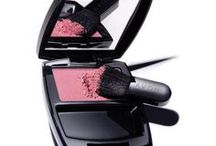 Make Up How to -- Lips, Blush, Foundation / Tips for Applying Lipstick, Blush & Foundation - Picking the Right Colors . These tips are not limited to Avon products, but the techniques shown CAN be used with Avon products.