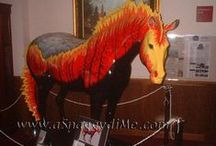 Trail of Painted Ponies - ponies and artists / Trail of Painted Ponies - ponies and artists