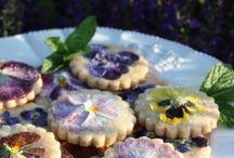 Cookies & Kekse / Knusprige Kekse und chewy Cookies schmecken einfach immer - egal ob unterm Jahr oder in der Adventszeit. Hier sammeln wir tolle Rezeptideen für den kleinen Genuss