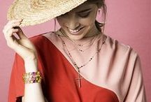 TOUS presents The perfect guest / The perfect occasion for wearing your jewelry. Your best party look wouldn't be complete without jewelry and accessories. Discover our style tips for making an impression at this summer's events. Would you like to shine?