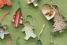 Holiday season! / Bits and pieces to get you feeling tres festive! X
