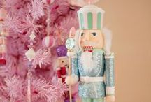 Crazy About Nutcrackers / Everything with Christmas nutcrackers