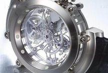 Timepieces / by Sandra Prado