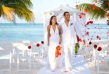 """WEDDINGS / TIME TO ENJOY TRADITIONAL AND INNOVATING CELEBRATIONS, TEMPTATION STYLE!""""  If you are planning the wedding of your dreams or renewing your vows in a magical ceremony either with your relatives and friends or just with your partner, Temptation Resort & Spa Cancun is privileged to be set on a powdery, sandy beach as the perfect scenario to make your event the most romantic and memorable of your life."""