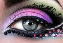 Skincare & Make-up / Make-up idees om te probeer. Velsorg idees en proukte.